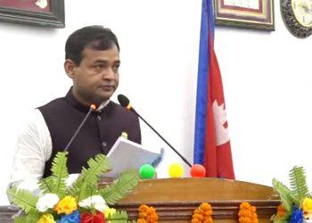 प्रदेश २ सरकारको आर्थिक मामिला तथा योजना मन्त्री विजयकुमार यादवले आज प्रदेशसभामा आर्थिक वर्ष २०७८/७९ को राजश्व तथा व्ययको अनुमान सहितको बजेट प्रस्तुत गर्नुहुँदै ।